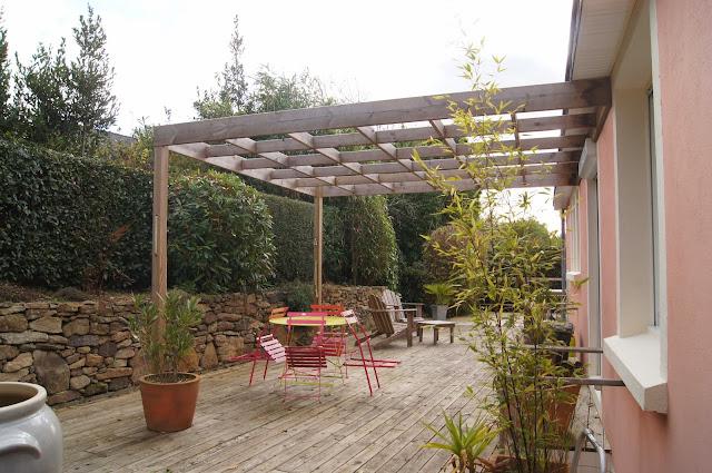 michel le coz agencement d coration ext rieur terrasse et pergola en bois. Black Bedroom Furniture Sets. Home Design Ideas