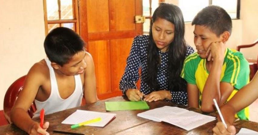 PRONABEC: Becarios de Loreto dictan clases a niños y adolescentes - www.pronabec.gob.pe