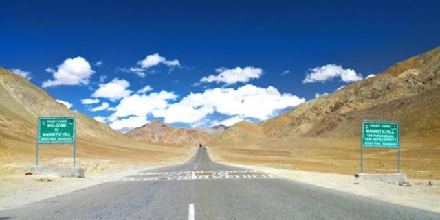 Mobil Mati Bisa Jalan Sendiri, Begini Penampakan 4 Jalan yang Menyimpan Misteri