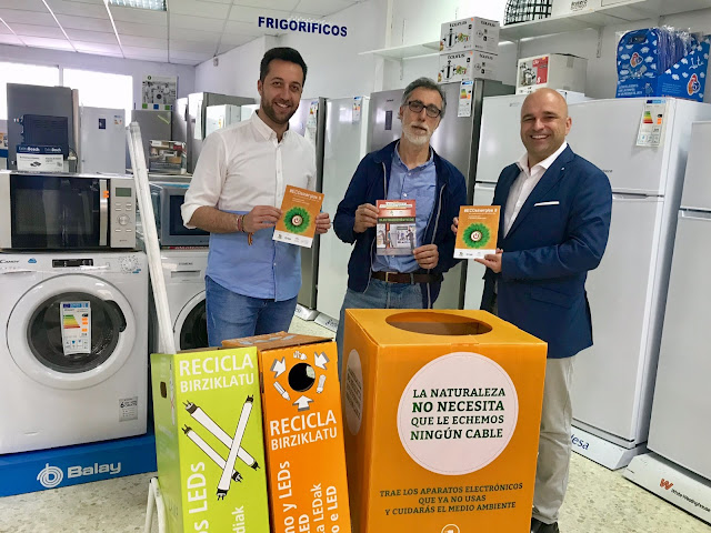 http://www.esvalverde.com/2019/05/campana-en-valverde-de-reciclaje-de.html