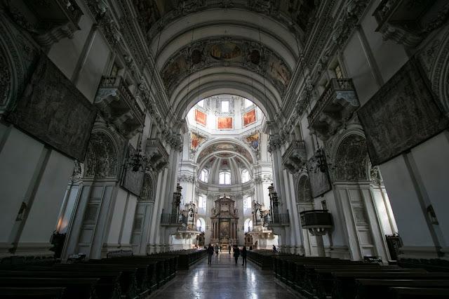 Duomo a Domplatz-Salisburgo