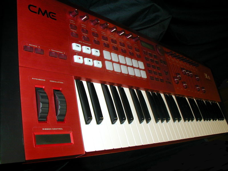matrixsynth cme vx 6 midi controller with use audio asx plugiator synthesizer. Black Bedroom Furniture Sets. Home Design Ideas