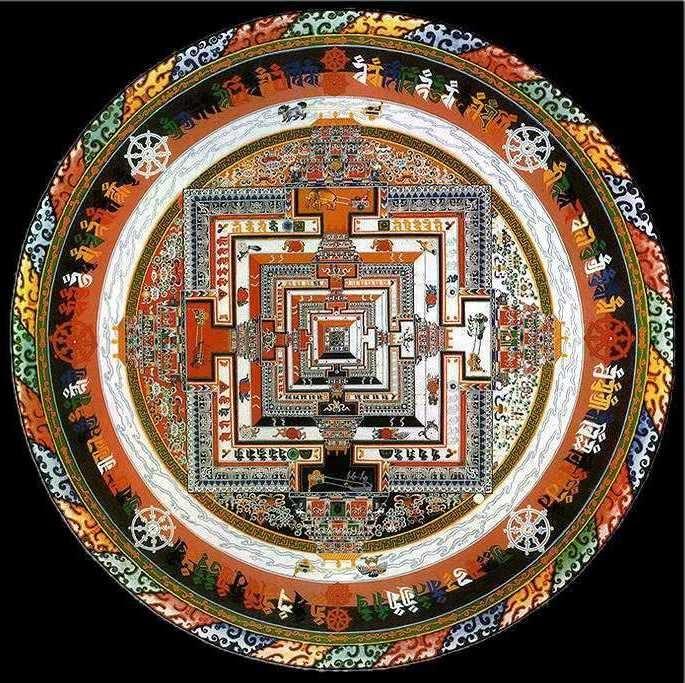 As mandalas são como uma forma de meditação em ação. Conforme a pessoa vai criando a mandala ou observando-a, se liberta dos seus pensamentos e vai clareando a sua mente.
