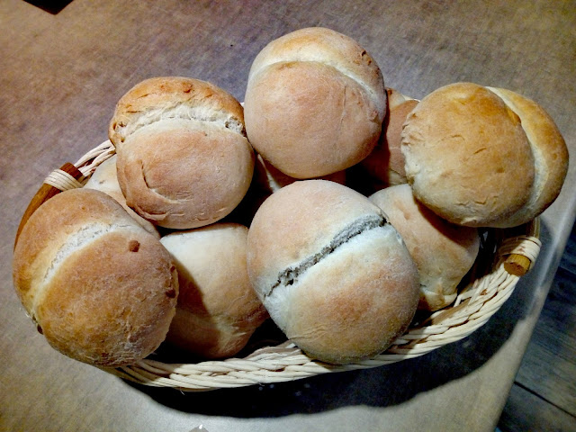 domowe bulki pszenne domowe bulki poznanskie domowe kajzerki bulki drozdzowe domowe pieczywo bulki sniadaniowe