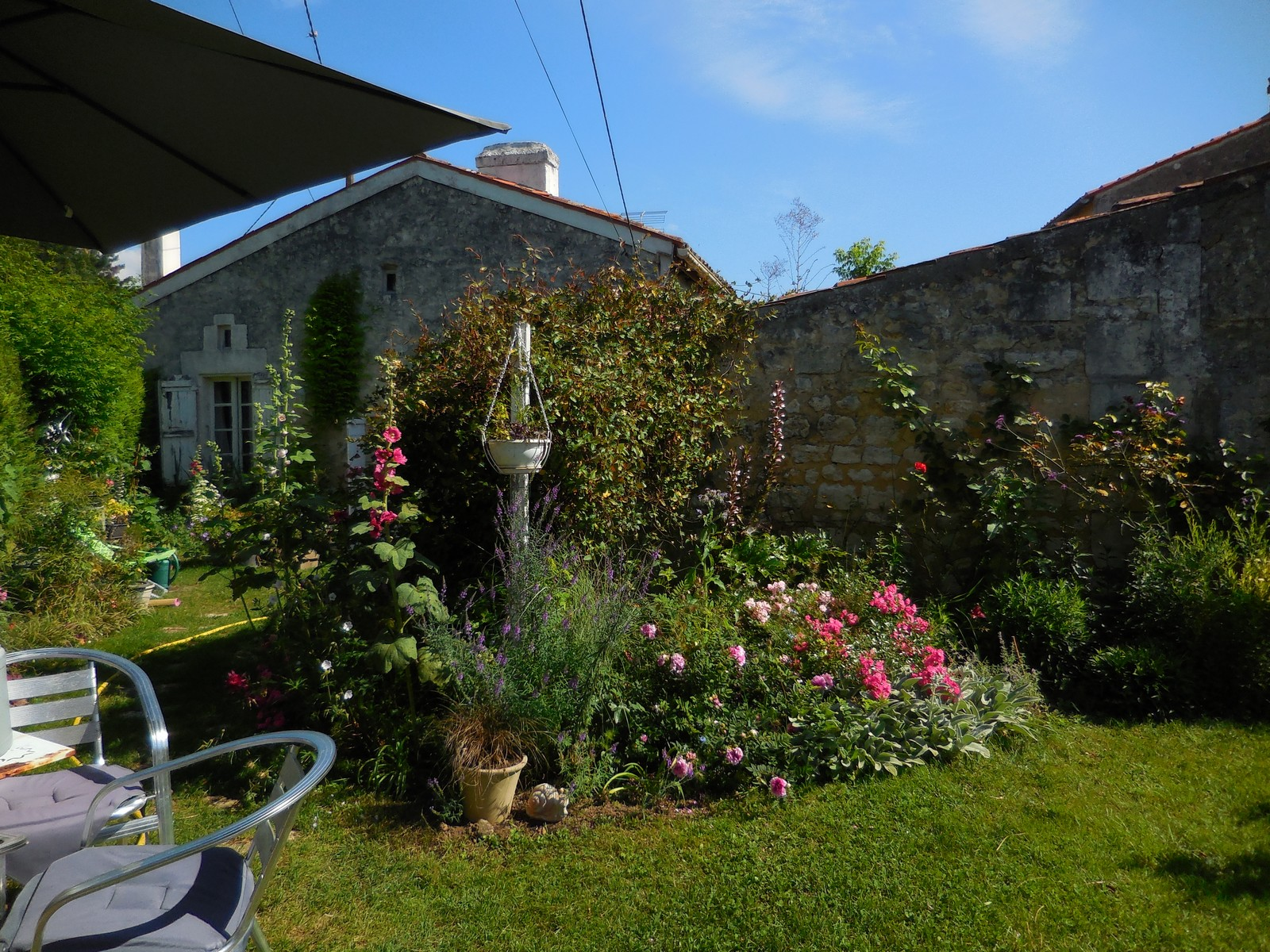 Cagouille 39 s garden un week end au jardin for Vide jardin 2016 la garnache
