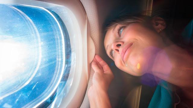Как прийти в себя после полёта. Советы от пилотов, бортпроводников и врачей
