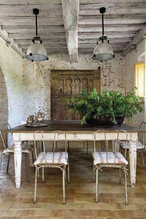 Tavolo Bianco Stile Provenzale.Arredamento Provenzale Tavoli Giardino Provenzali