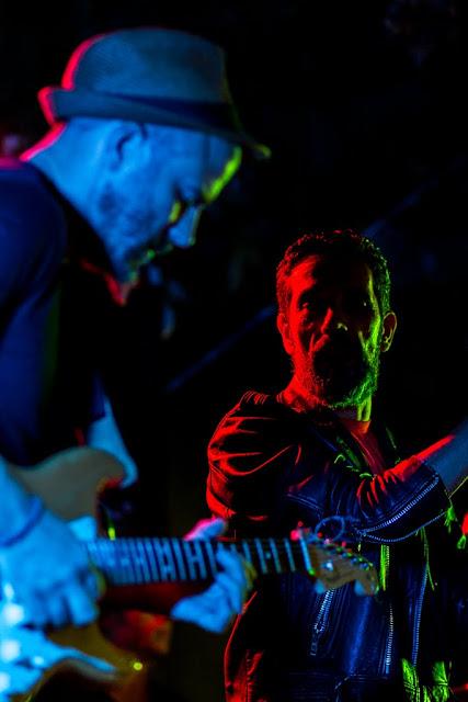 Foto con los tres colores luz primarios