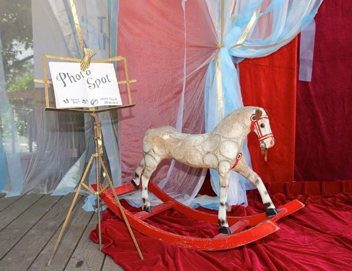 日仏学院ラ・ブラスリーでガーデンウェディングの会場装飾デコレーション