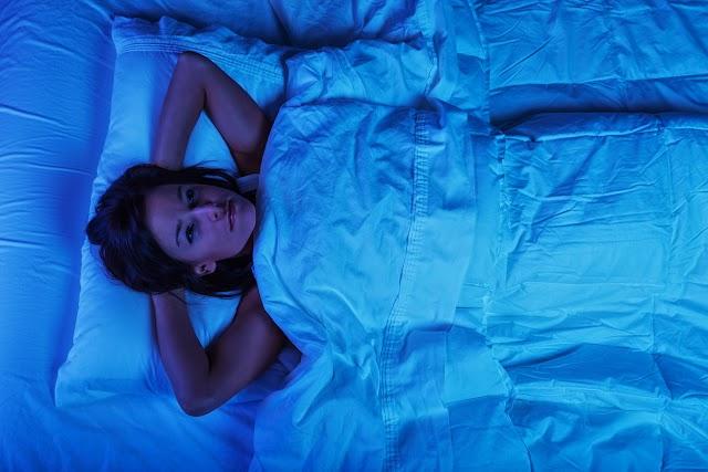 Mi az ideális hőmérséklet a hálóban a pihentető alváshoz? Módszerek, amik segítenek átaludni az éjszakákat