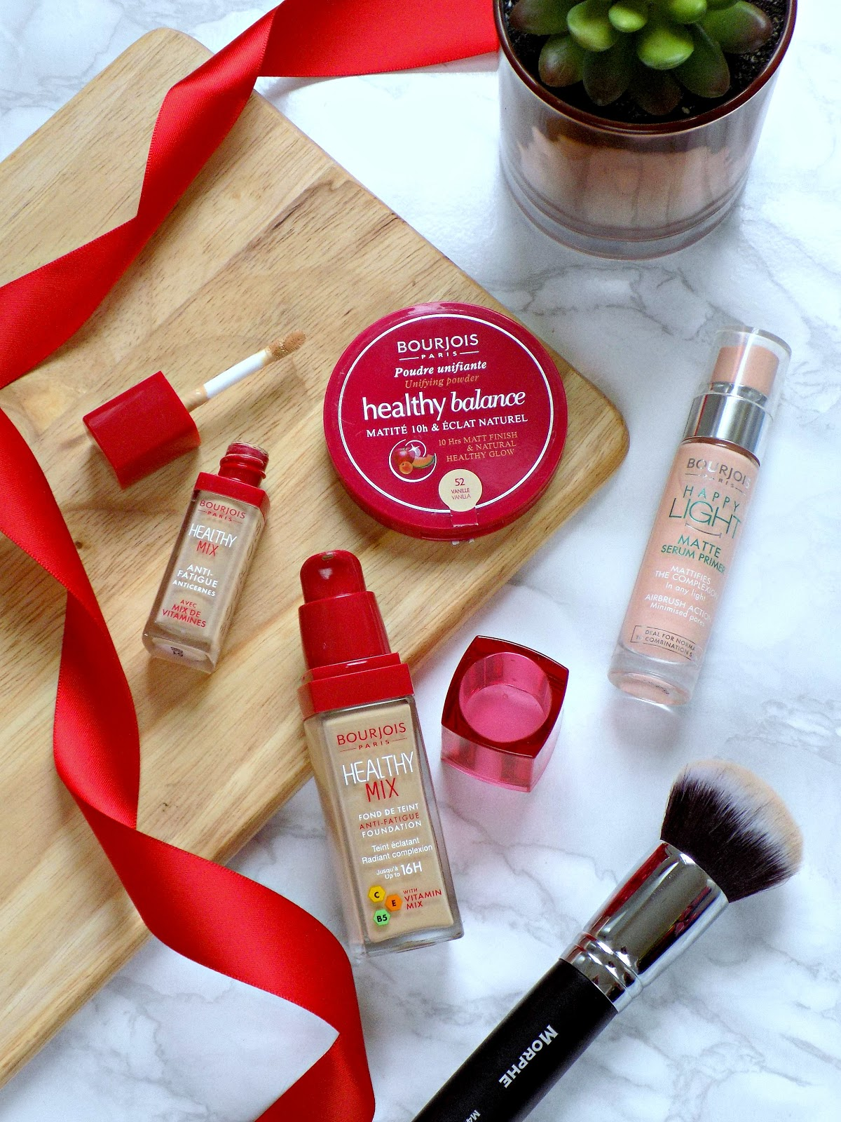 Bourjois Healthy Mix foundation, Healthy Mix concealer, Bourjois Happy Light Matte Primer