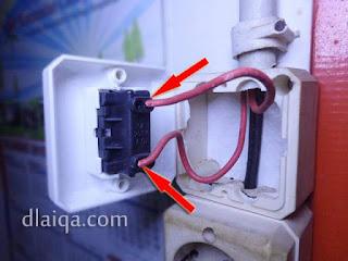 lepas kabel dari saklar