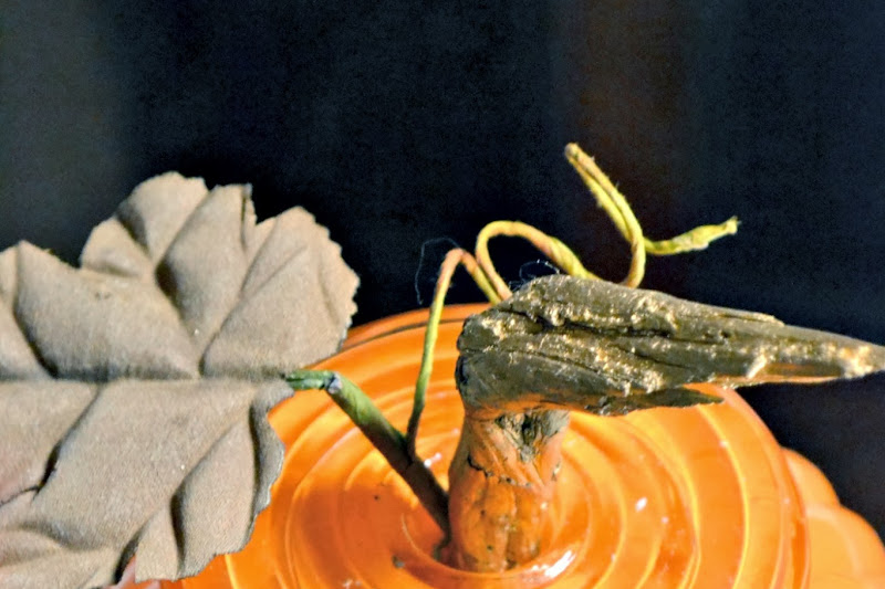 How to Make a Junky Pumpkin for Almost Free