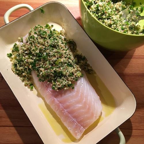 Ofen-Fisch mit Frankfurter Grie Soß-Kräuterknusperkruste