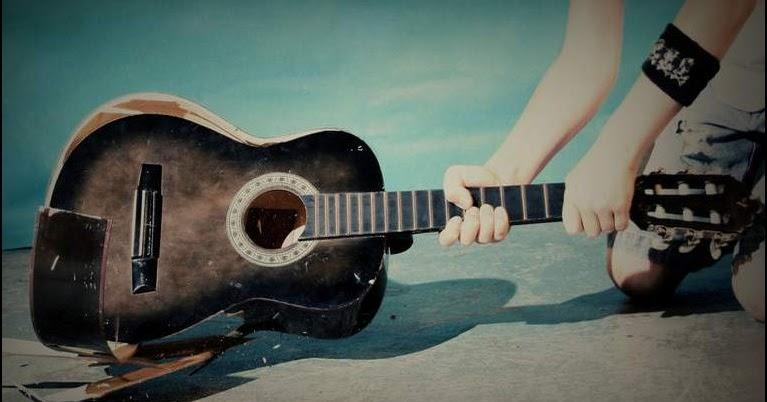 Broken Guitar Rockstar Girl