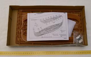barco vikingo de plástico marca emhar