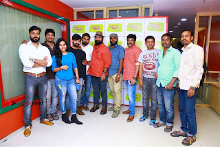 Sanjeev Chetana Uttej at Pichiga Nachav Song Launch at Radio Mirchi Pos  0006.jpg