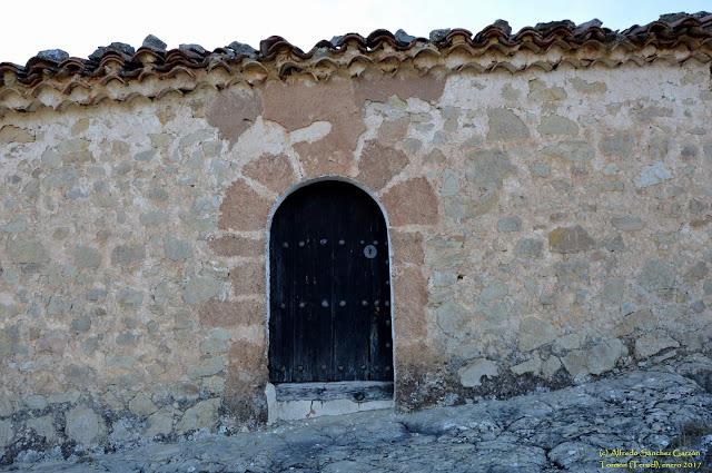 tormon-teruel-ermita-sancristobal-arco-entrada
