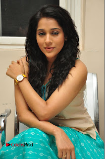 Actress Rashmi Gautam Pictures at Mental Movie Audio Launch  0080.JPG