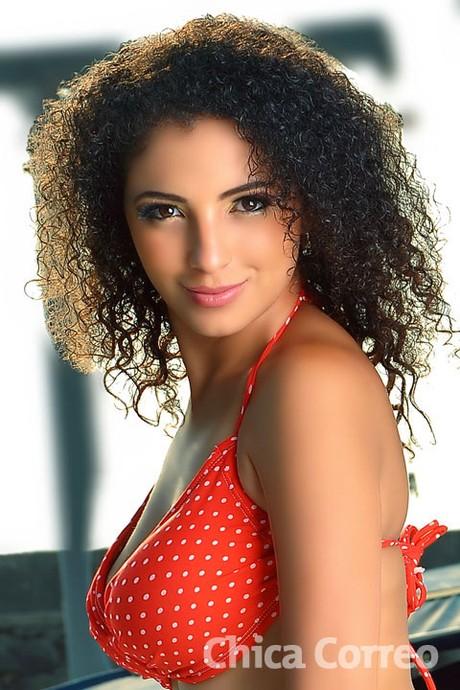Full Chikas - Biografia - Galeria de Fotos y Mas: Carmen