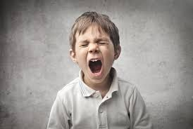 10 طرق للتعامل مع الطفل العصبي