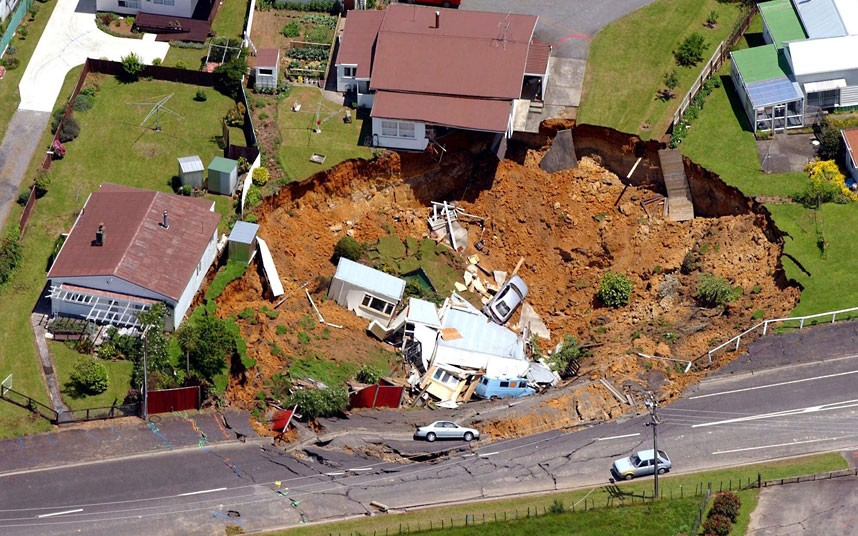 Sinkholes in Waihi, New Zealand, December 2001 by Dean Purcell/AP