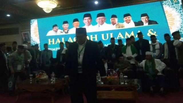 Ada Spanduk 01, Halaqqoh Ulama Masih Malu-malu Dibilang Dukung Jokowi