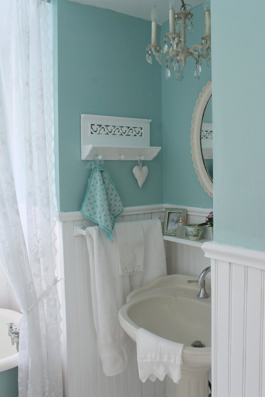 blue and green bathroom ideas aiken house gardens vintage style guest bath 1522