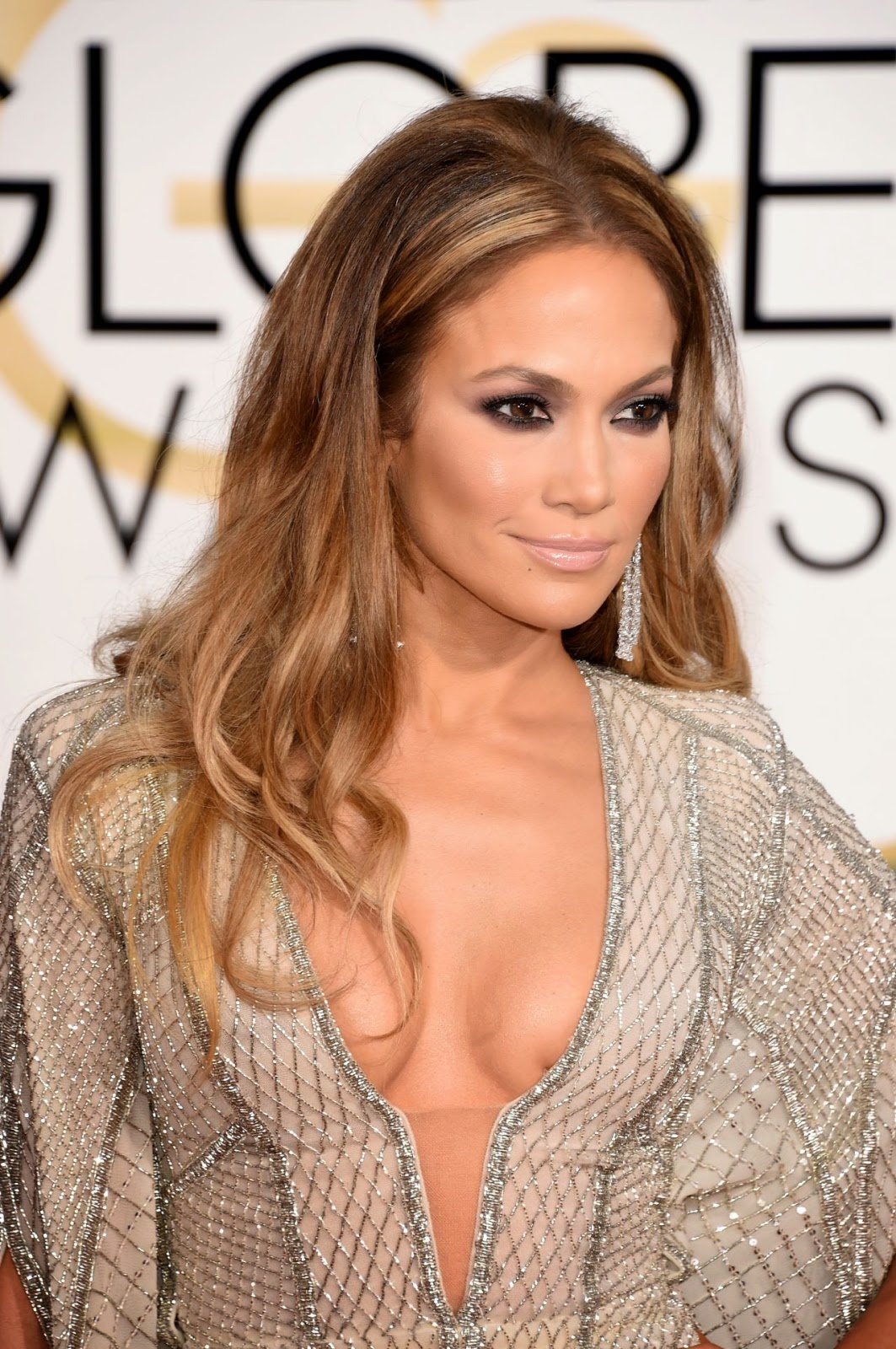 Jennifer Lopez Cleavage Nude Photos 56