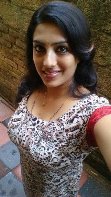 www.madhuridesai.com
