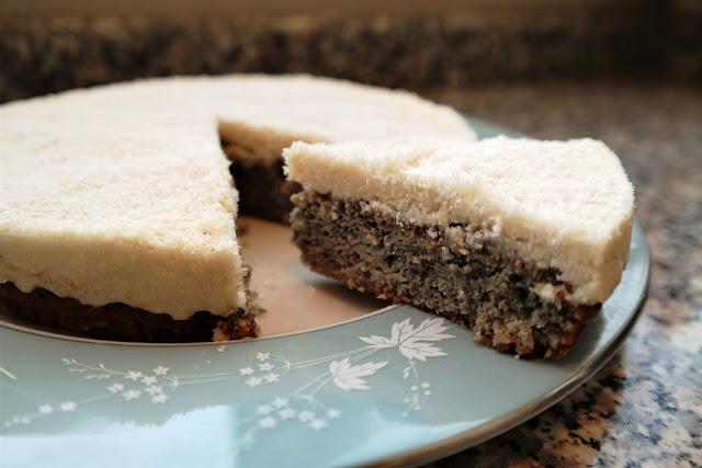 Mor Havuç ve Hindistan Cevizli Pasta (Rafine Unsuz ve Şekersiz)