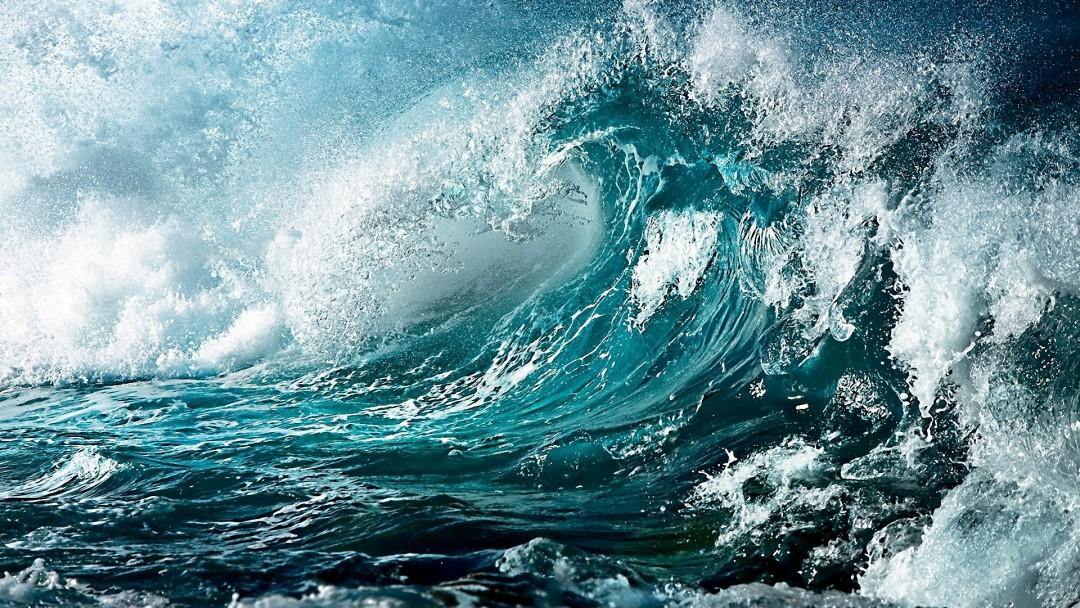 Dang Dở Xuân Thì... Blue-wallpaper-waves-1080x608