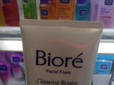 Biore Glowing Bright