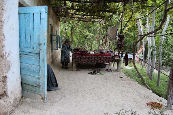 Ouzbékistan, Sentyab, tapshan, tapchane, © L. Gigout, 2012