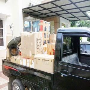Sewa Pickup angkut barang pindahan di Medan.