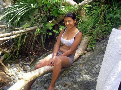 Sri lankan pregnant 6 months shaved
