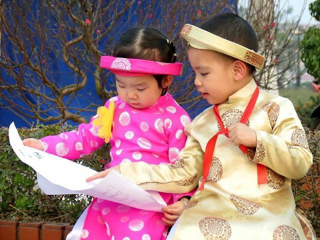 Thuê áo dài trẻ em