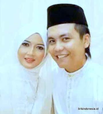 Lirik Gurauan Berkasih Achik Spin Achik Spin Siti Nordiana