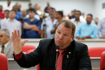 Dr. Neidson solicita prolongamento no prazo de execução do Projeto Cidade Limpa