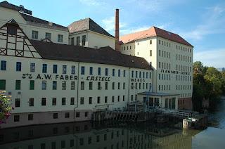 https://commons.wikimedia.org/wiki/File:Stein_Faber-Castell.jpg