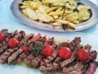 Crimini in cucina tagliata di carne e patate alla toscana for Cucinare tagliata
