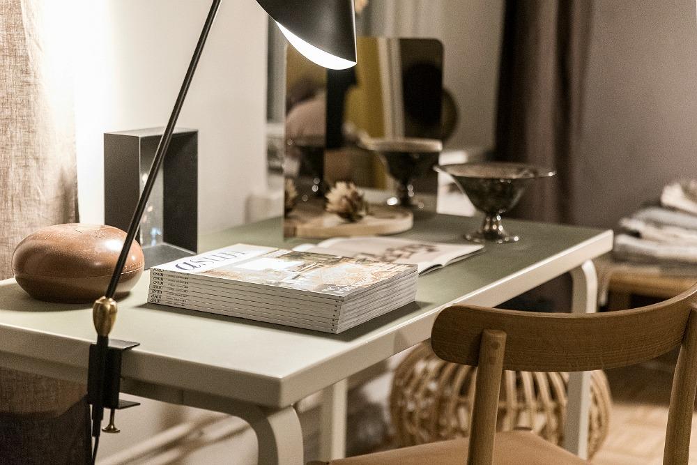 Anno, Annocollection, design, kotimainen, sisustus, sisustaminen, sisustusinspiraatio, Asun-lehti, Asun, Anno-home, Ulla Koskinen, sisustussuunnittelu, Visualaddict, valokuvaaja Frida Steiner, makuuhuone, työpöytä