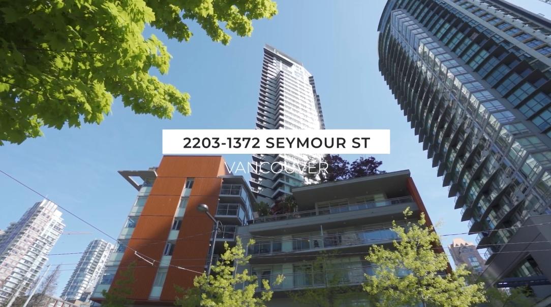 15 Photos vs. 1372 Seymour St #2203, Vancouver Interior Design Luxury Condo Tour