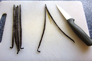 BrownThumbMama.com: make vanilla extract