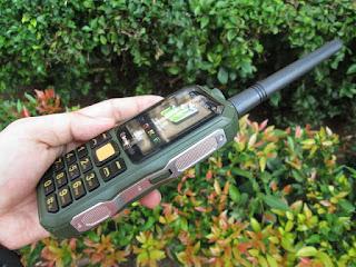 Hape Antik Brandcode B68 Walky Talky UHF Powerbank 10000mAh Beltklip