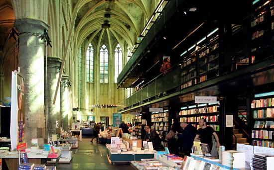 Különös könyvesboltok a világ minden tájáról