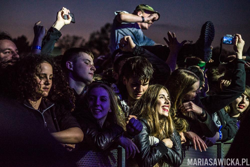 3-Majówka 2015 Wrocław Pidżama Porno crowdsurfing tłum publiczność fani