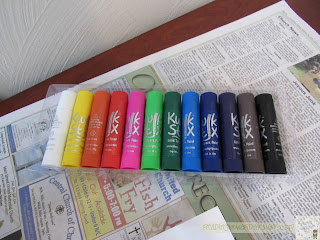 Kwik Stix paint sticks are great for helping children have fun painting while not making a mess!