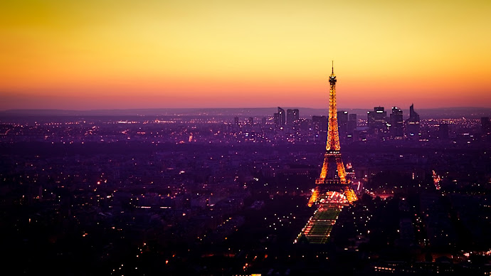 Wallpaper: Nightfall is Coming to Paris
