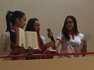 Alunado do CSJD comemora juntamente com os professores, semana dedicada à Bíblia